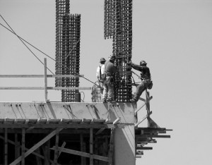 Execution - Construction workers bw 640x500